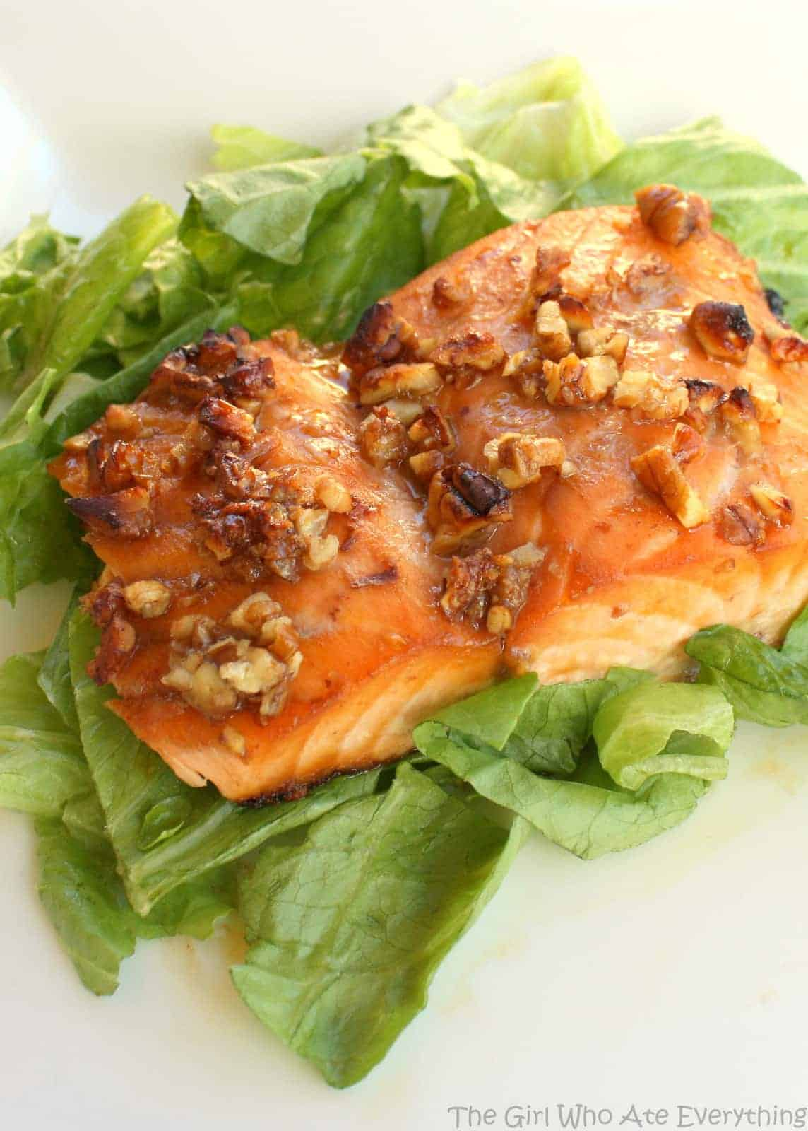Honey Pecan Salmon - healthy and delicious! the-girl-who-ate-everything.com