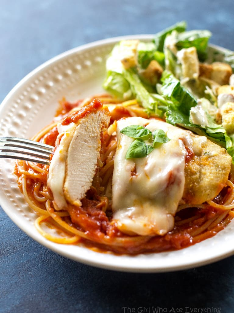Easy Baked Chicken Parmesan - my go-to easy dinner when I don't have anything planned. the-girl-who-ate-everything.com