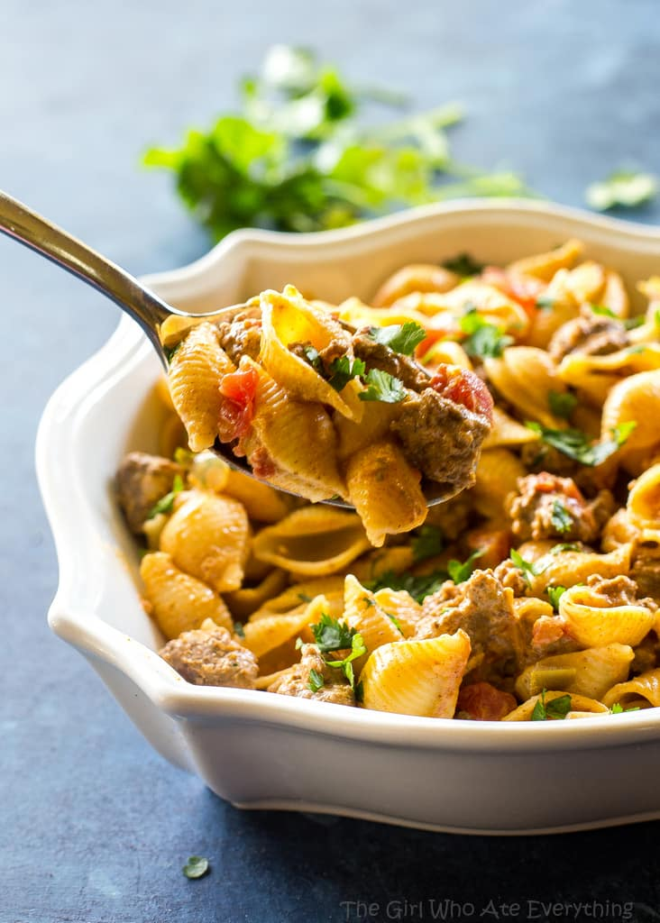 Taco Pasta - creamy, spicy pasta for an easy Italian meets Mexican dinner.  the-girl-who-ate-everything.com