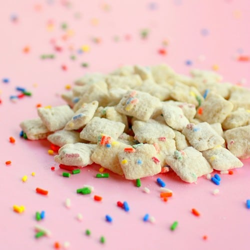 cake-batter-muddy-buddies