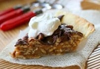 Praline Turtle Pie