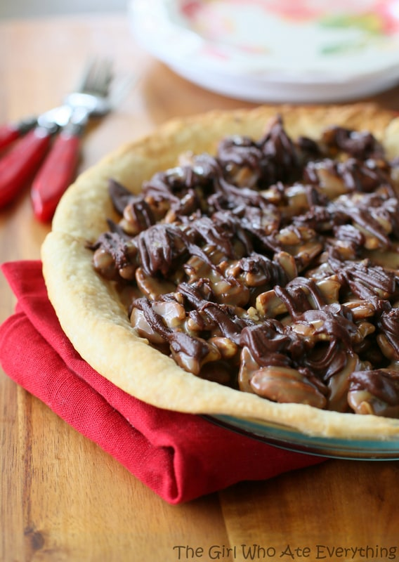 Turtle Praline Pie | The Girl Who Ate Everything
