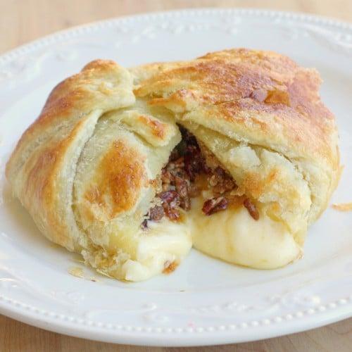 baked-brie-en-croute
