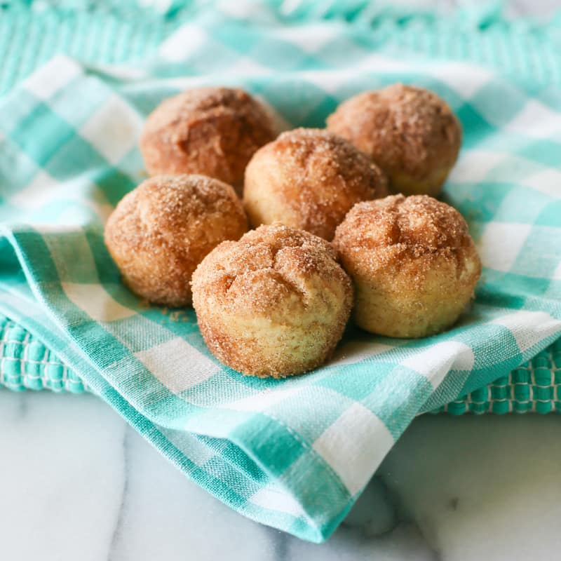 Snickerdoodle Muffins | The Girl Who Ate Everything Cookbook
