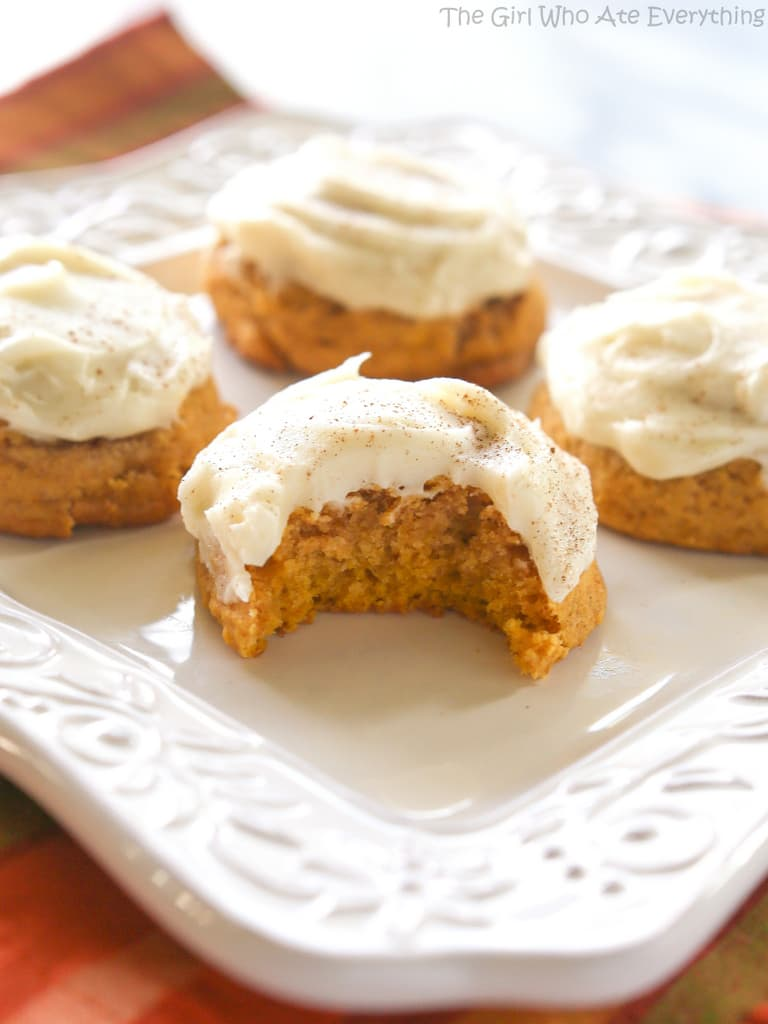 Pumpkin Spice Cream Cheese Frosted Cake