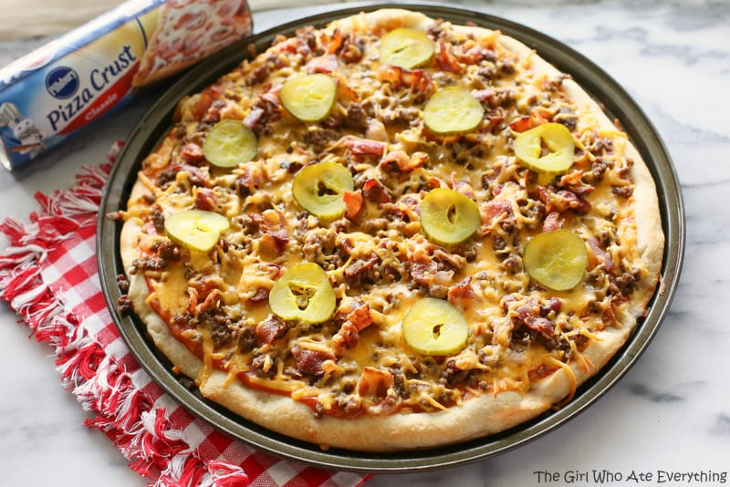 Bacon Cheeseburger Pizza - your favorite cheeseburger toppings piled on top of a pizza crust. {The GIrl Who Ate Everything}