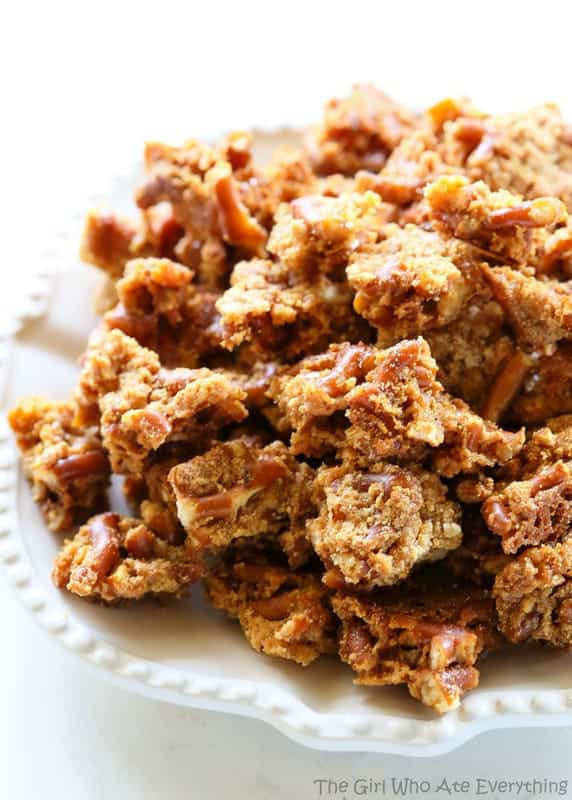 Malted Pretzel Crunch - a sweet and salty snack that is so easy to make. the-girl-who-ate-everything.com