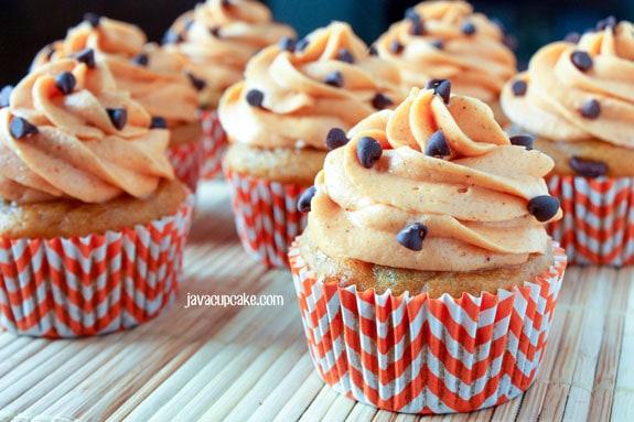 Pumpkin-Chocolate-Chip-Cupcakes-by-JavaCupcake-3