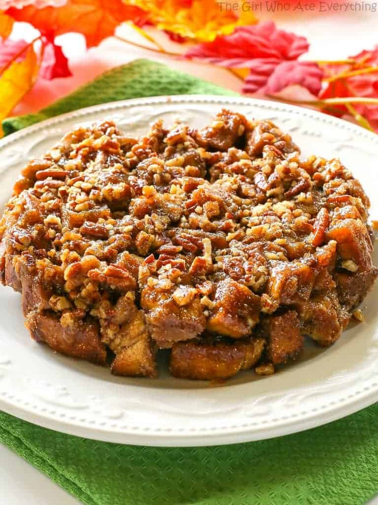 Pumpkin Spice Sticky Buns - they taste like fall and use a shortcut to these tasty buns. the-girl-who-ate-everything.com