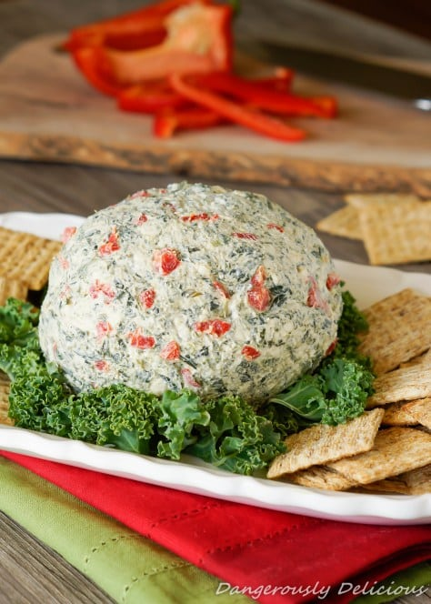 Roasted-Red-Pepper-and-Spinach-Cheese-Ball-1