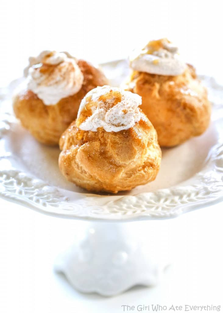 Churro Cream Puffs - the-girl-who-ate-everything.com