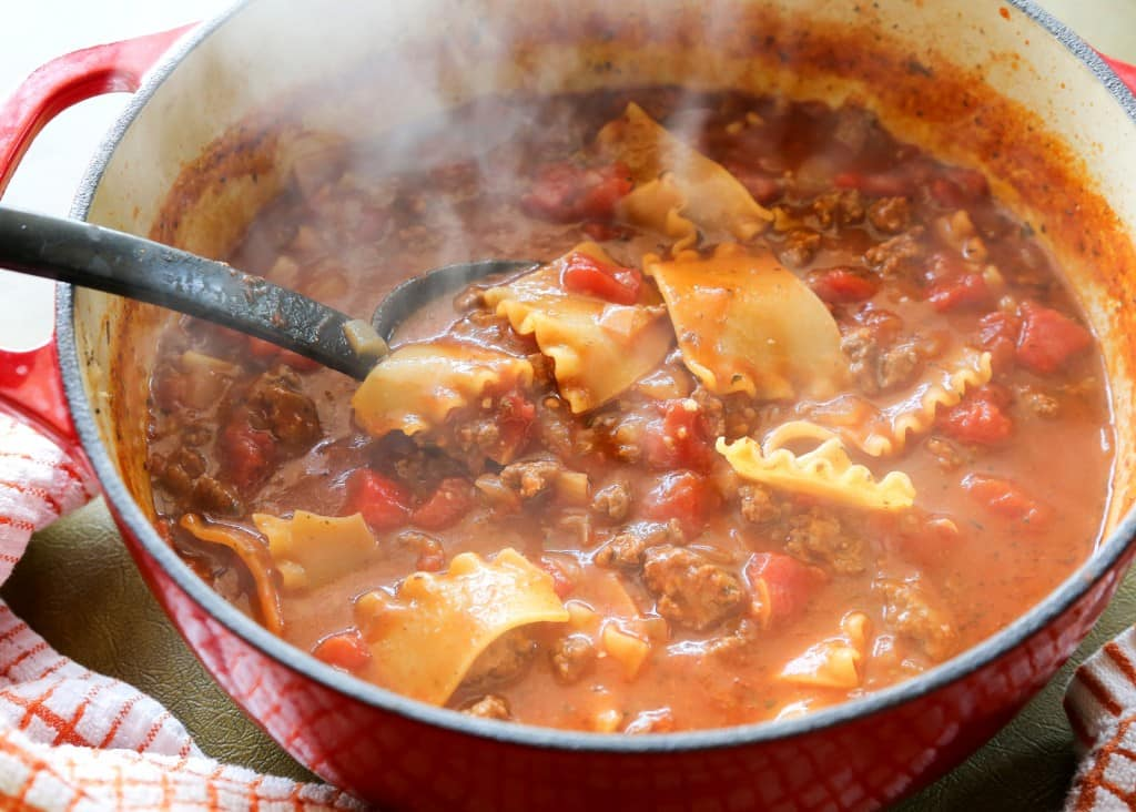 Lasagna Soup - Oh my goodness! This soup is so good. It taste just like lasagna! the-girl-who-ate-everything.com