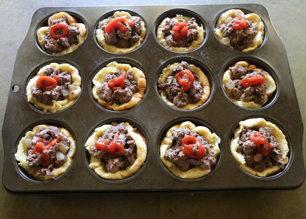 muffin-tin-cheeseburgers-3