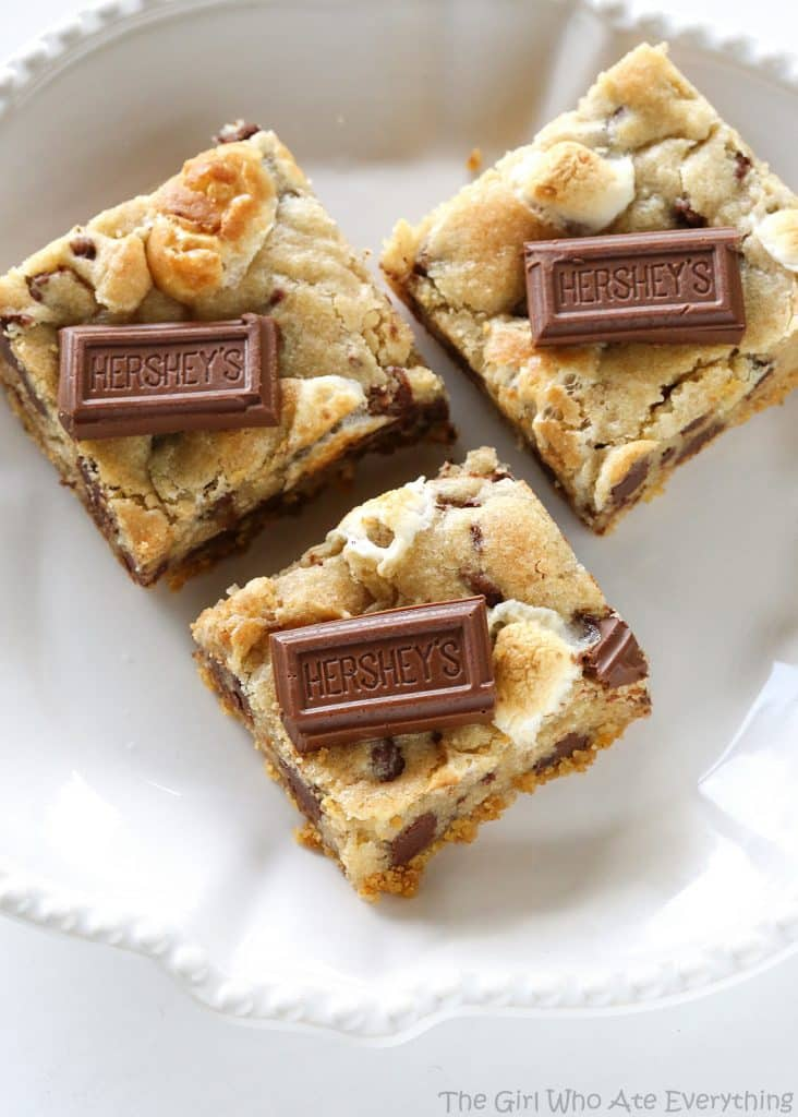 S'mores Cookie Bars - The Girl Who Ate Everything