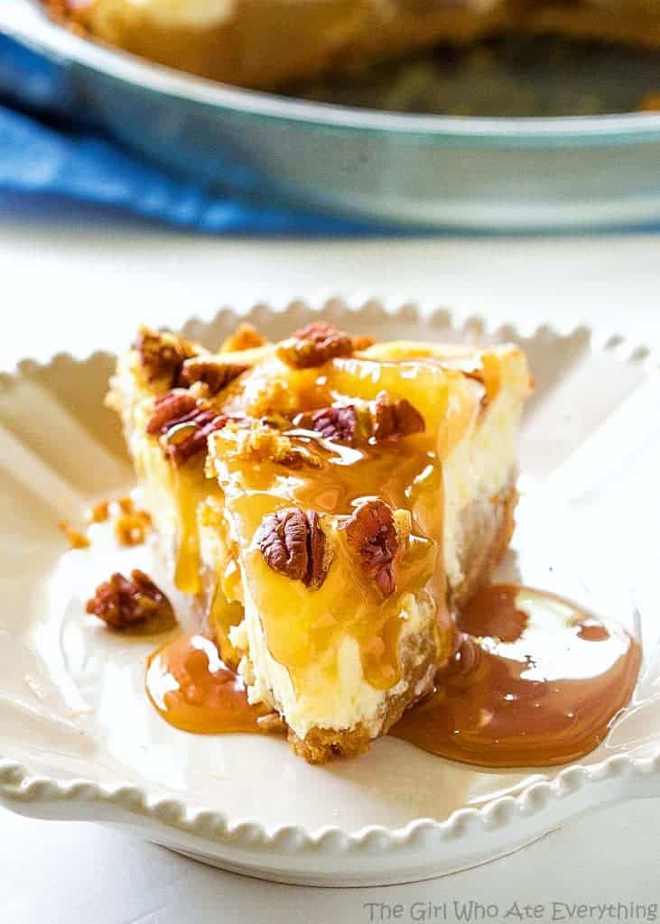 Caramel Apple Cheesecake - the easiest cheesecake with a graham cracker crust, apples, caramel, and nuts. the-girl-who-ate-everything.com
