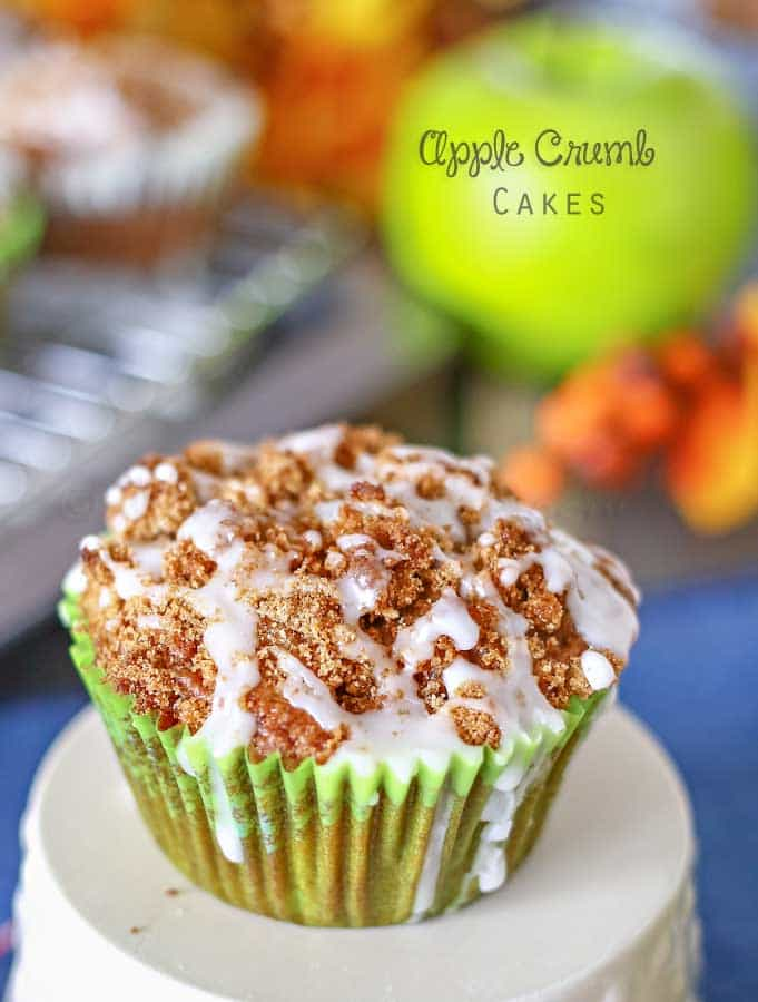 Apple-Crumb-Cakes