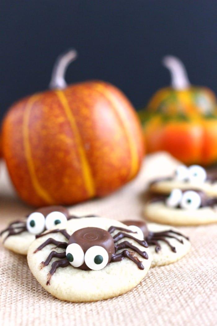 halloween-sugar-cookie-caramel-spider-cookies-16