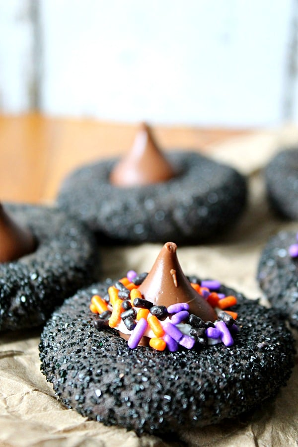 witch-hat-peanut-butter-cookies-life-with-the-crust-cut-off