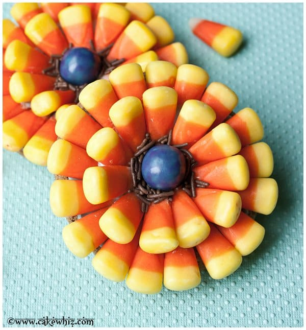 candycornflowercookiesforhalloween2