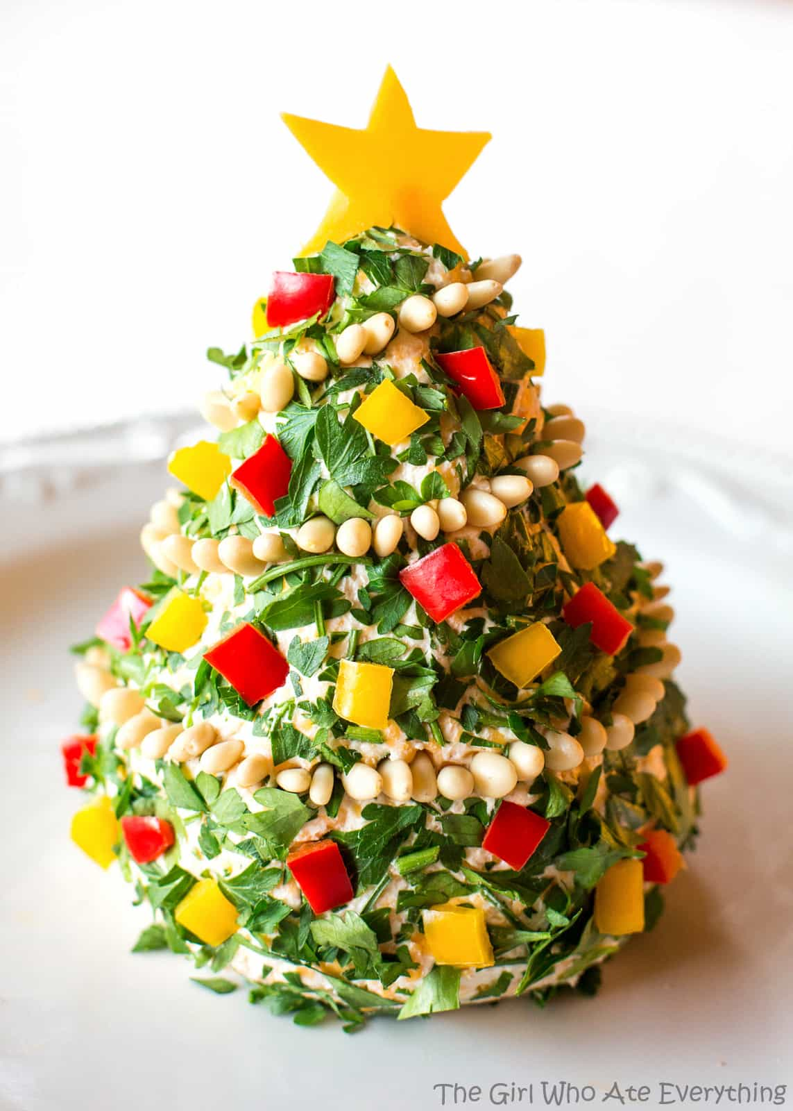 Christmas Cheese Ball.Christmas Cheese Tree