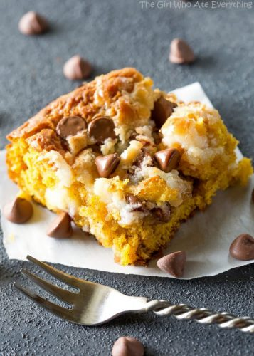 pumpkin-earthquake-cake-9-732x1024