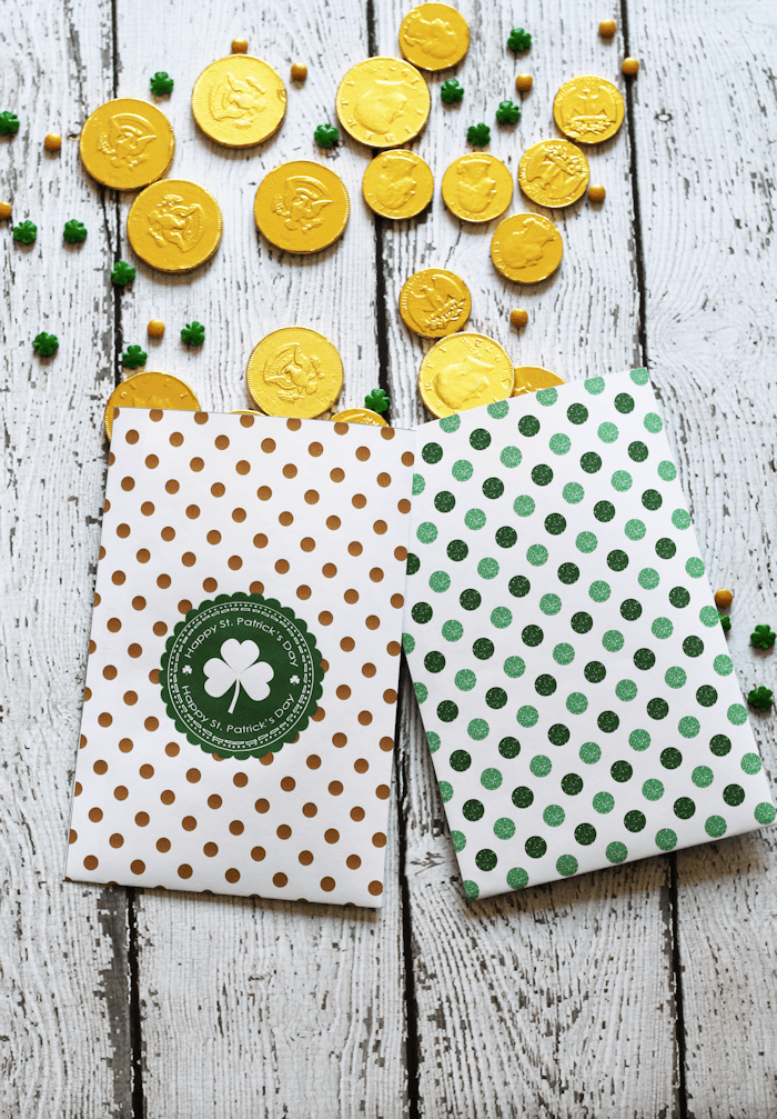 Free Printable St. Patrick's Day Treat Bags | The Girl Who Ate Everything