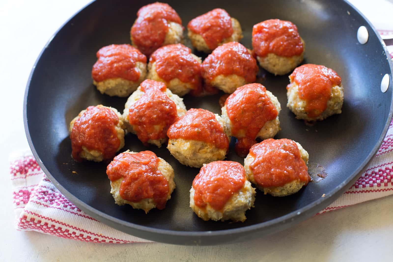 chicken-parmesan-sliders