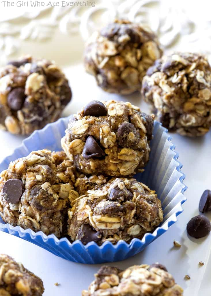 Energy Balls Filled With Oats, Honey, Flaxseed, and Peanut ...