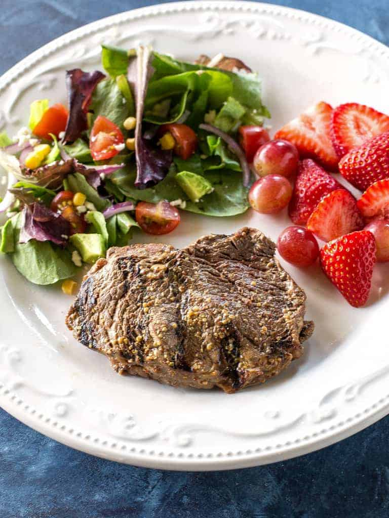 Get your grill on with this lean Garlic Mustard Sirloin. It's a easy dinner ready in under 30 minutes that is packed with flavor and protein.