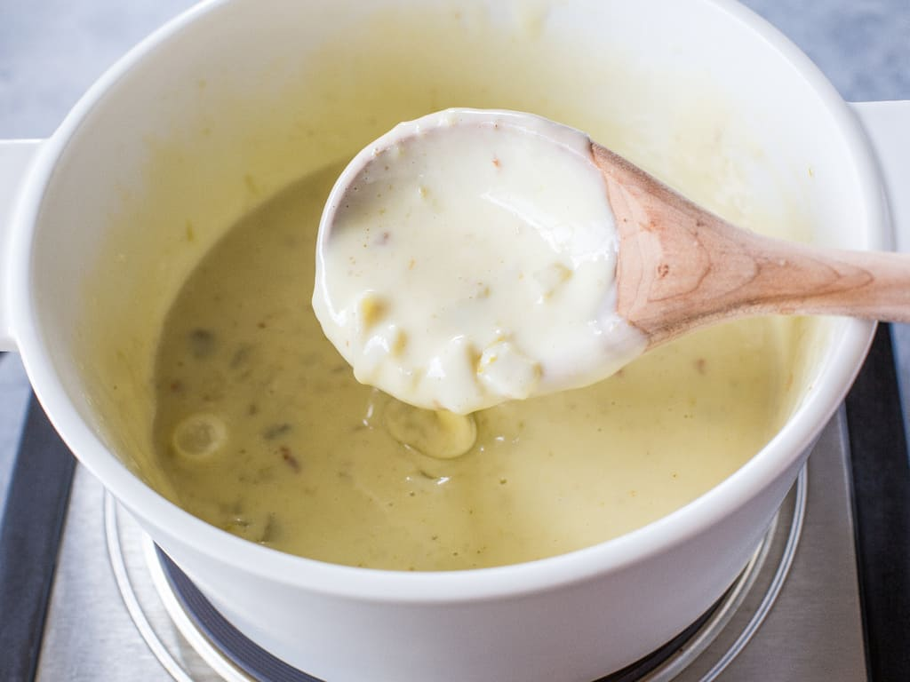 Queso Blanco Dip - only 3 ingredients to creamy, restaurant quality dip. the-girl-who-ate-everything.com