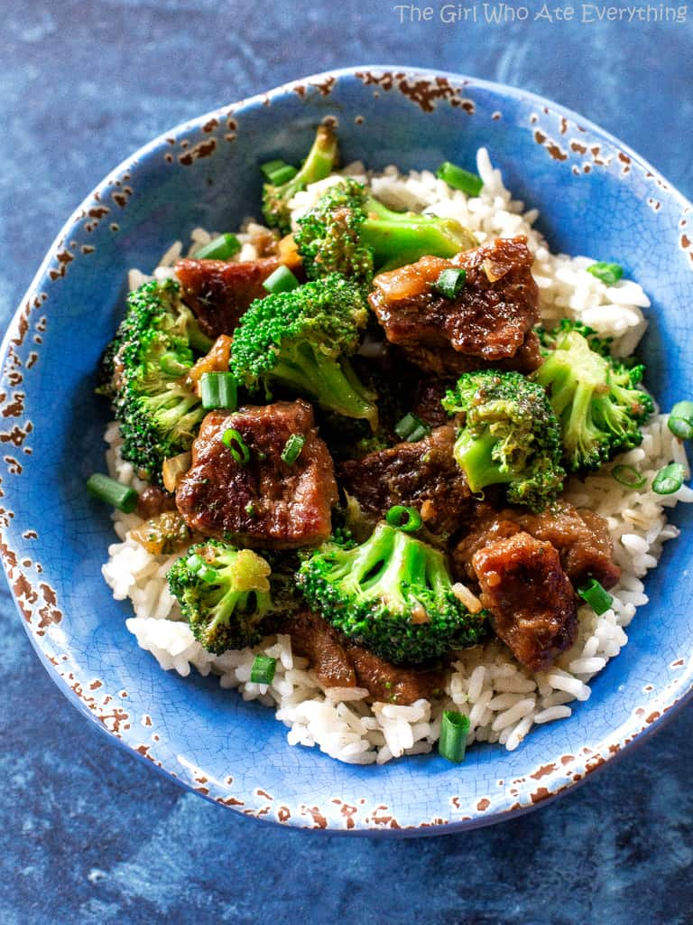 Beef and Broccoli Stir Fry - an easy dinner that tastes like take out!