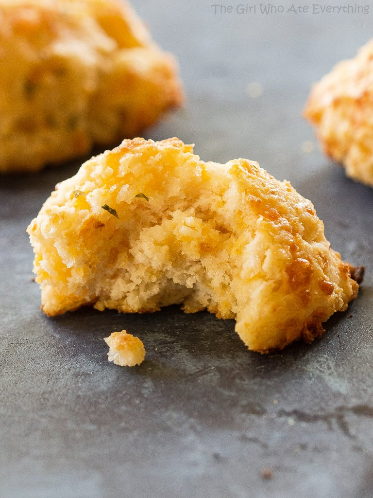 Cheddar Bay Biscuit