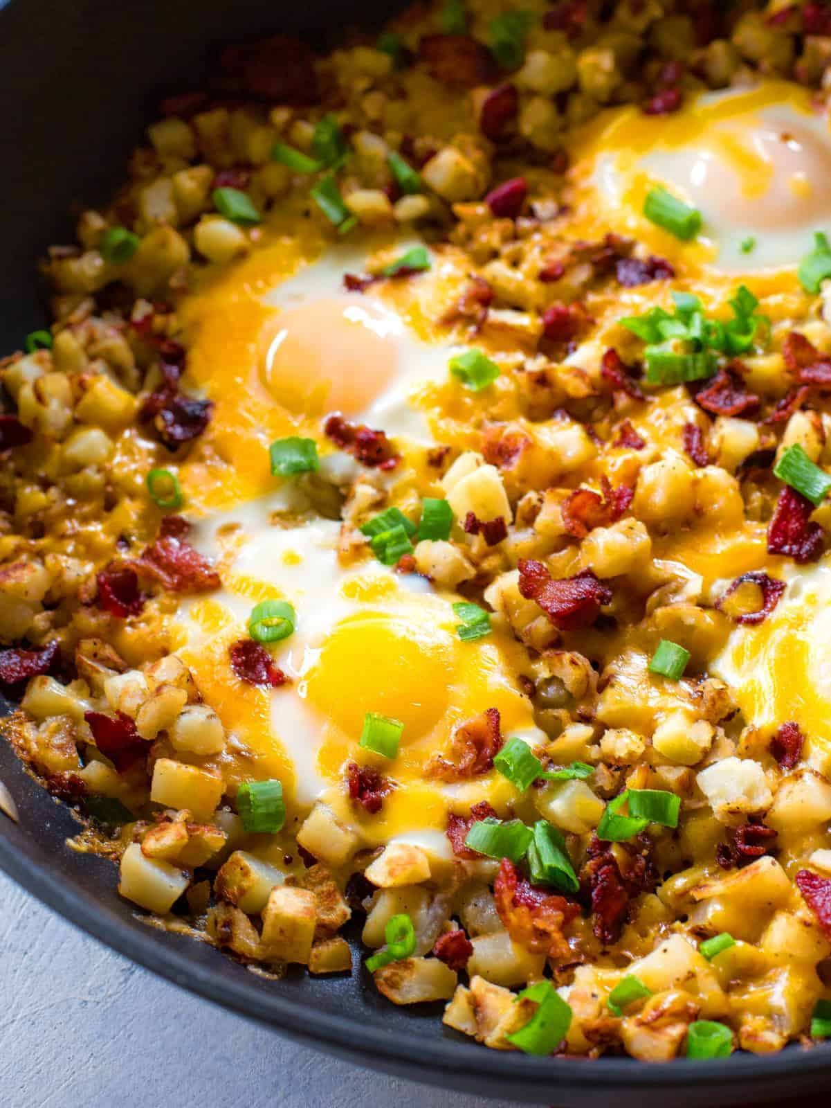 Bacon Egg And Potato Breakfast Skillet The Girl Who Ate