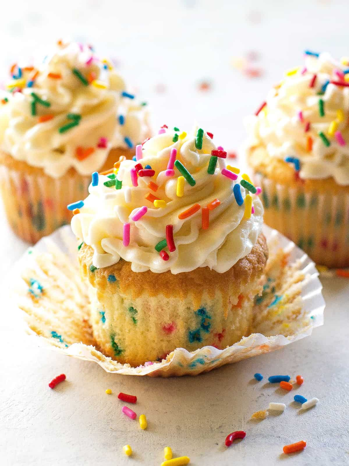 Funfetti Cupcakes The Girl Who Ate Everything