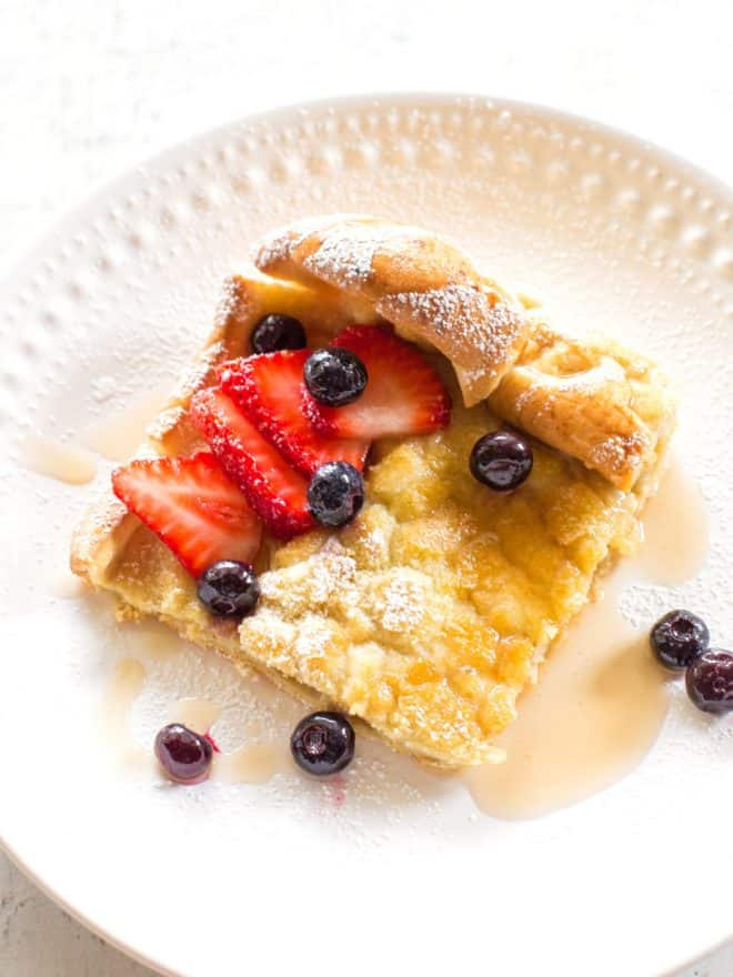 German Pancakes with fruit