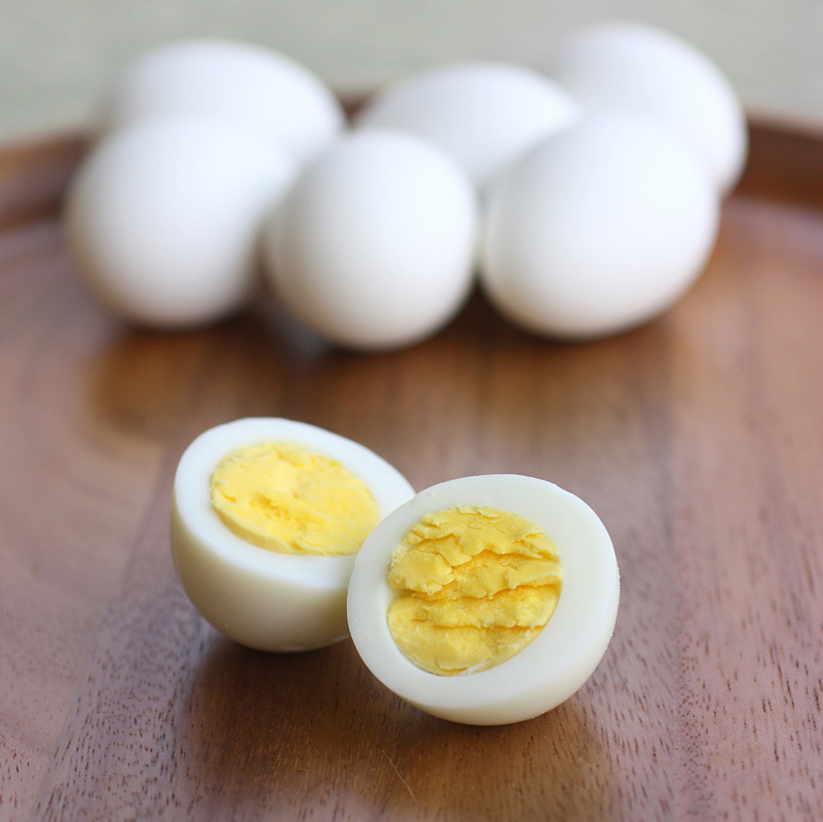 how to make hard boiled eggs - the girl who ate everything