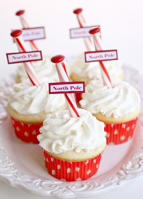 North Pole Cupcakes: simple and magical for Christmas the-girl-who-ate-everything.com
