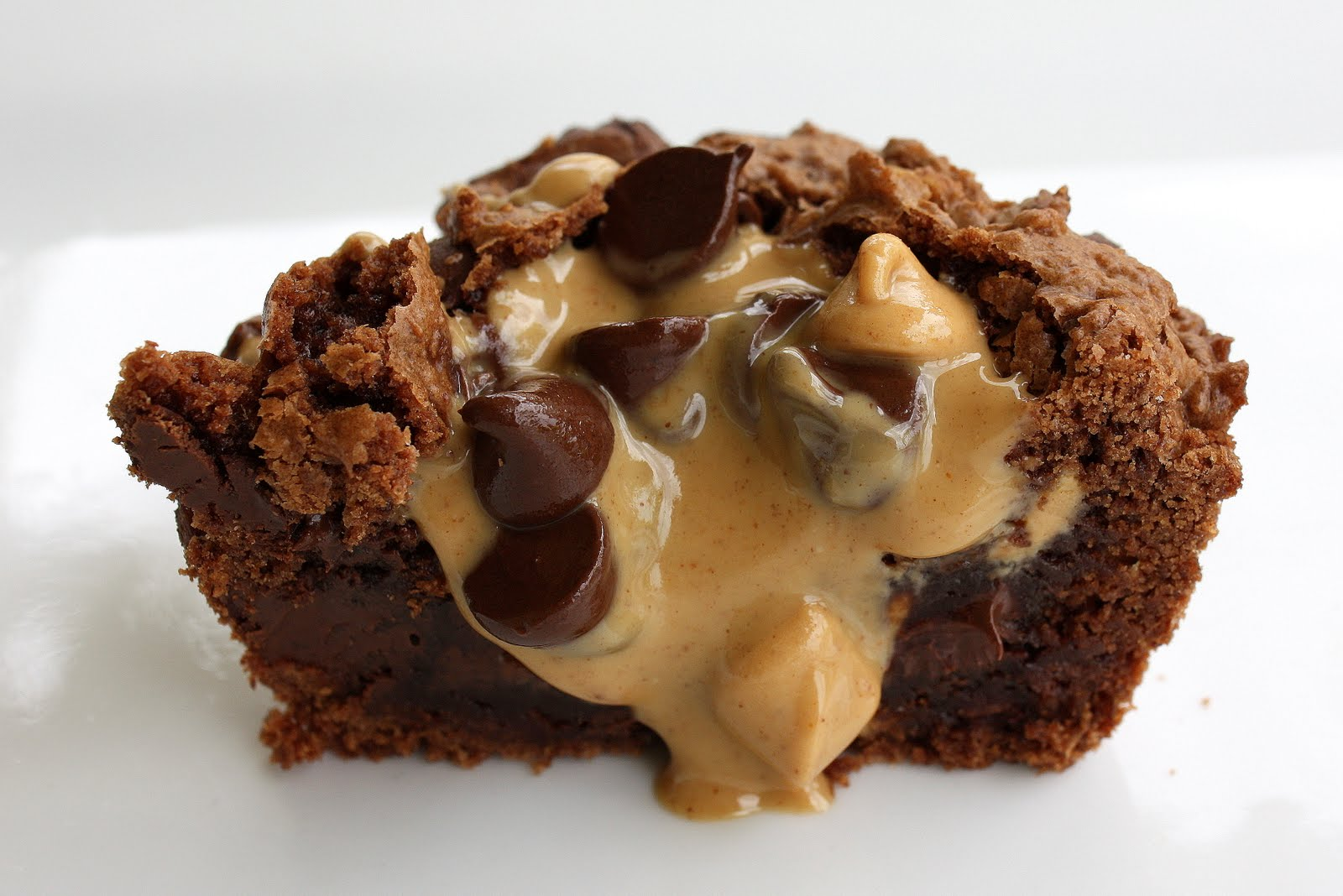 brownie cupcakes with peanut butter filling