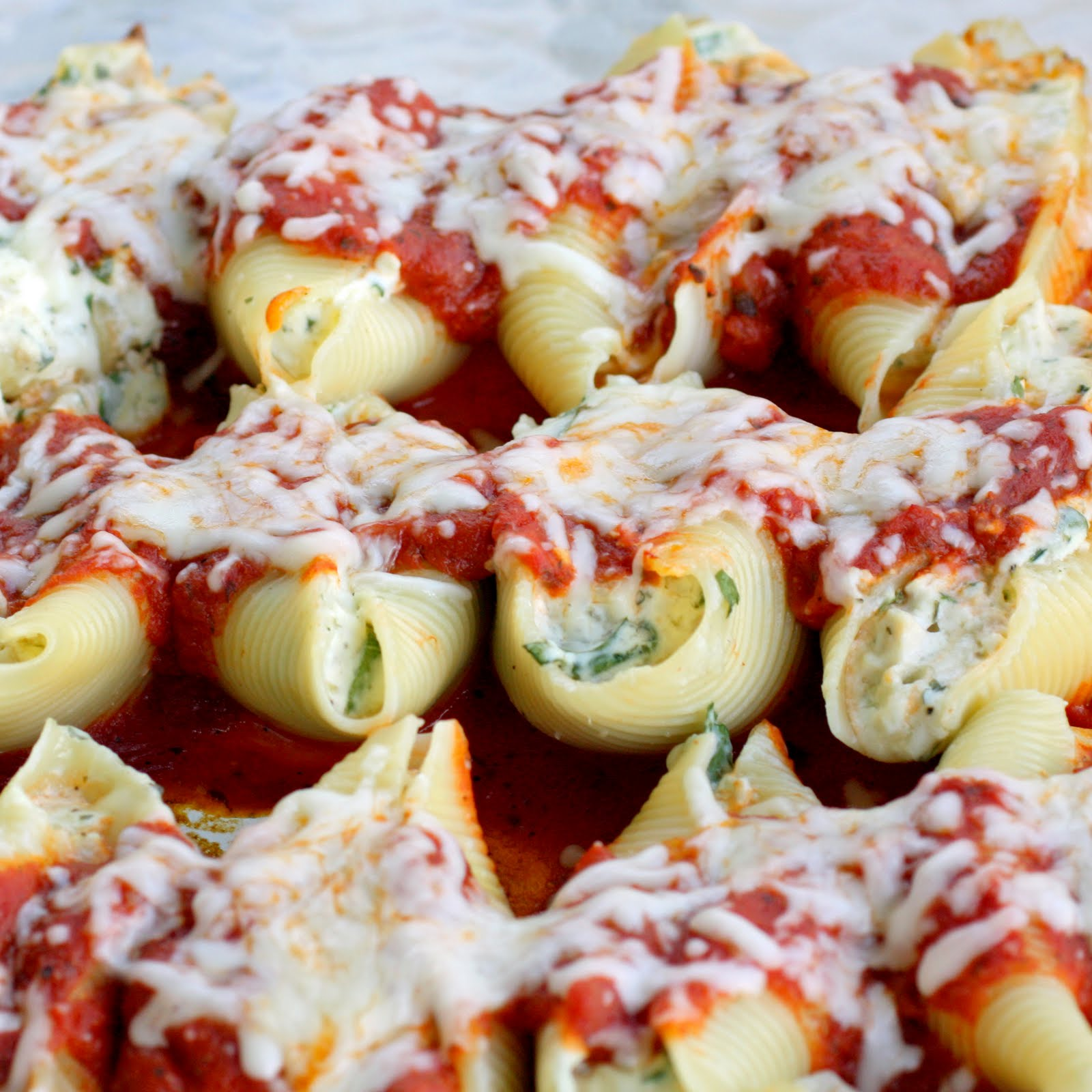 Chicken and Spinach Stuffed Shells - The Girl Who Ate Everything