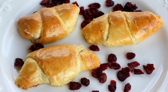 Cranberry, Orange, and Pecan Roll ups - the-girl-who-ate-everything.com