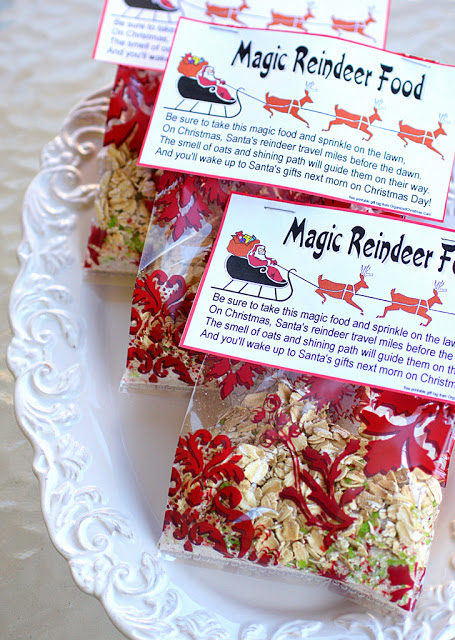 20 SIMPLE WAYS TO MAKE CHRISTMAS MAGICAL FOR KIDS- these are awesome!  Can I be a kid again, please? #Christmas #traditions #kids